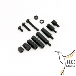 Set of distance spacers